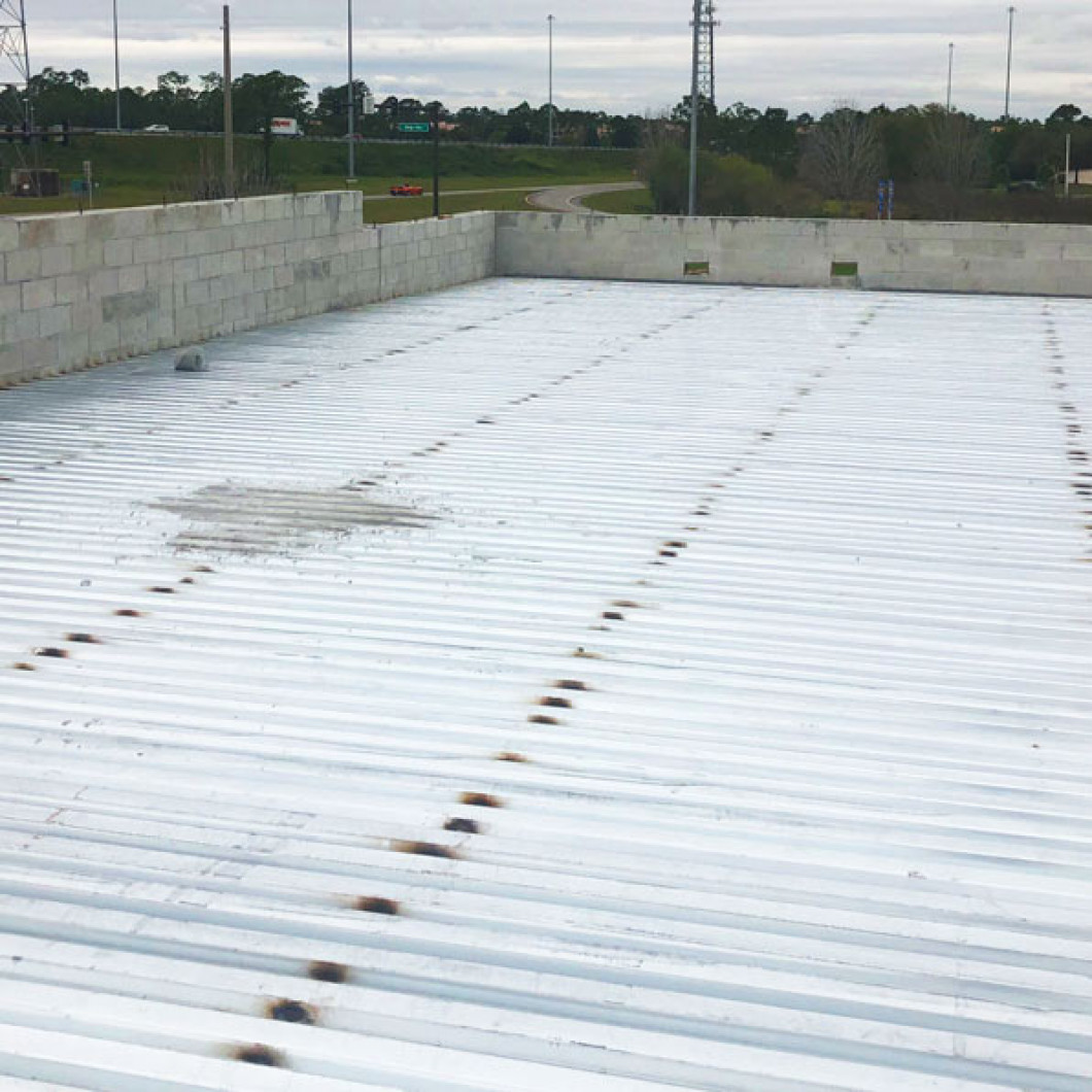 A qualified roof coating contractor can apply the proper coatings
